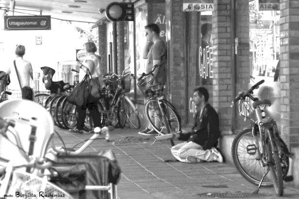 people_20130607_beggar1
