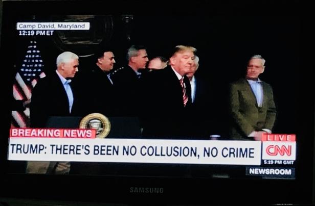 Trump och lojala grabbgänget.